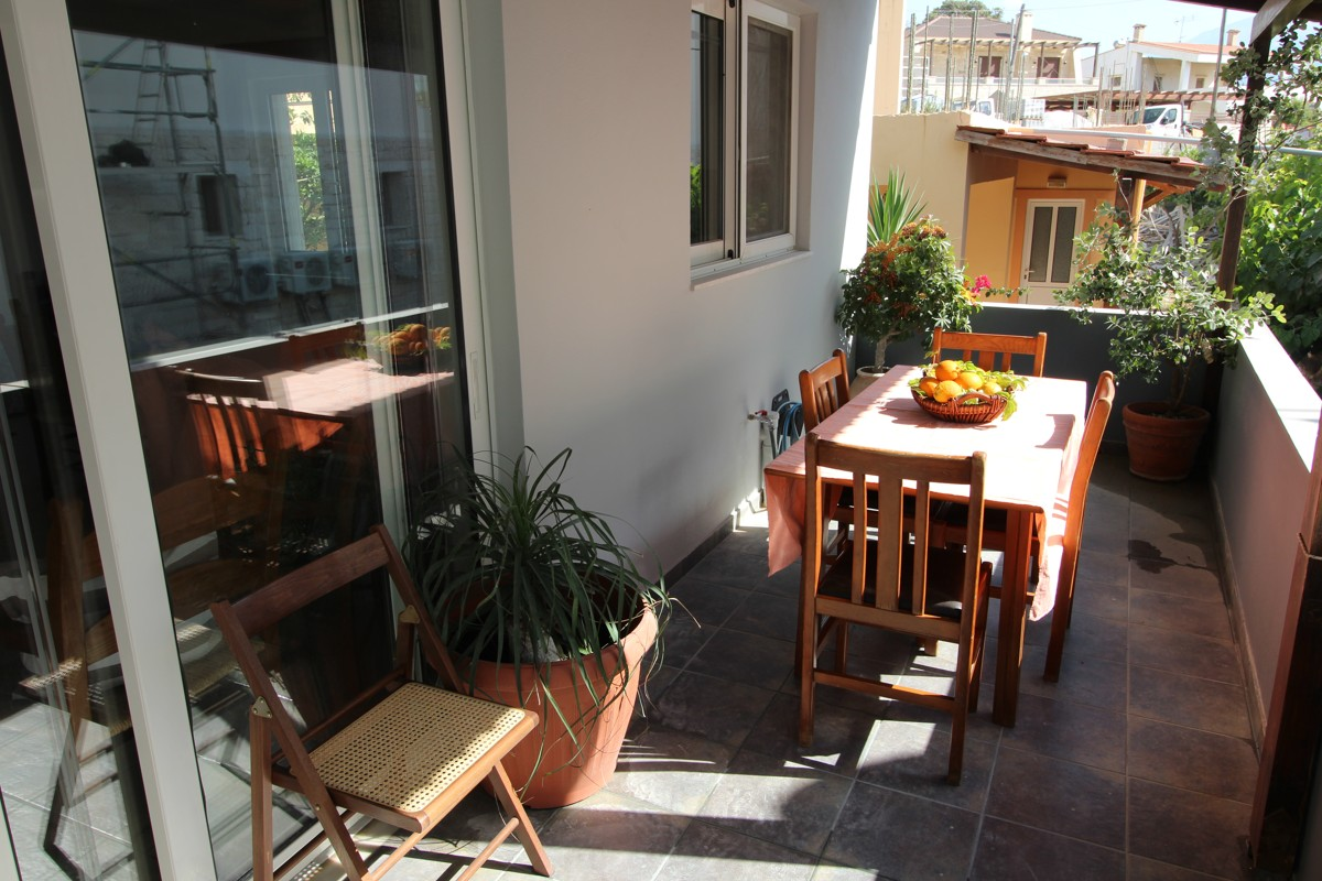 Elizabeth Apartment for rent in Almyrida beach