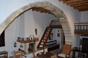 Ergina House for rent in Almyrida